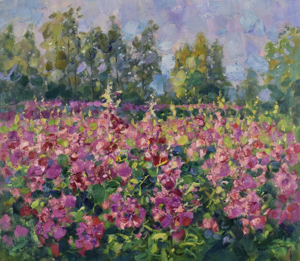 Иван-чай цветет